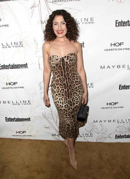 Lisa Edelstein Corset Dress [dress,clothing,fashion model,strapless dress,cocktail dress,hairstyle,shoulder,fashion,long hair,waist,nominees,lisa edelstein,screen actors guild awards,california,los angeles,chateau marmont,new york,entertainment weekly hosts celebration,maybelline,nominees celebration]