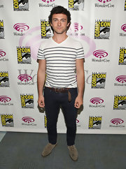 George Blagden chose this white V-neck tee with blue stripes for a slightly nautical-inspired look at WonderCon.