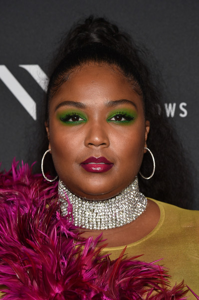 Lizzo Berry Lipstick [the shows,hair,face,eyebrow,lip,hairstyle,beauty,fashion,cheek,forehead,black hair,lizzo,nyfw,the pool,new york city,elle,e,img,img celebrate the kick-off,kick-off]