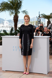 Lea Seydoux looked seriously stylish at the 'Lobster' photocall in a black and gray Prada dress with bowed shoulders and an embellished skirt.