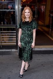 Jessica Chastain graced the 'Long Day's Journey Into Night' Broadway opening wearing a green and black swirl-patterned velvet-burnout dress by Prabal Gurung.