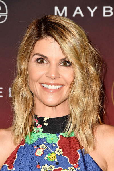 Lori Loughlin Medium Wavy Cut