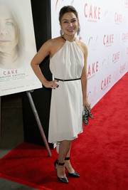 Stephanie Caleb looked breezy in a racer-neckline LWD during the premiere of 'Cake.'