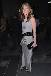 Helen Hunt's black sequin clutch matched her black beaded belt perfectly.