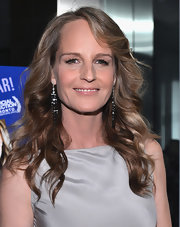 Sticking to the sparkly black accents on the rest of her outfit, Helen Hunt popped on some shimmering black beaded dangle earrings.