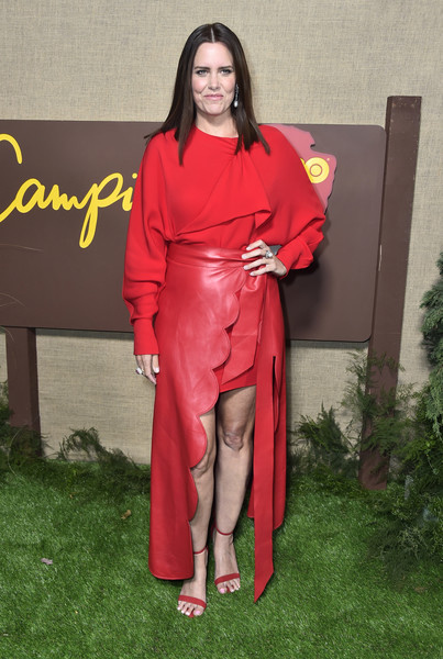Ione Skye completed her all-red ensemble with a pair of ankle-strap sandals.