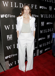 Grace Gummer went for easy sophistication in a white wide-leg pantsuit at the LA premiere of 'Wildlife.'
