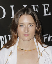 Grace Gummer wore her hair in a center-parted style with just a slight wave at the LA premiere of 'Wildlife.'