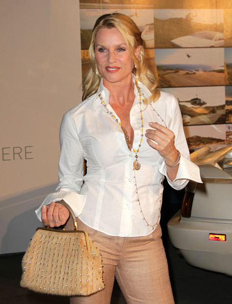 More Pics of Nicollette Sheridan Leather Purse (1 of 11) - Leather Purse Lookbook - StyleBistro