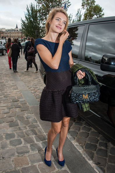 More Pics of Natalia Vodianova Buckled Purse (3 of 11) - Buckled Purse Lookbook - StyleBistro