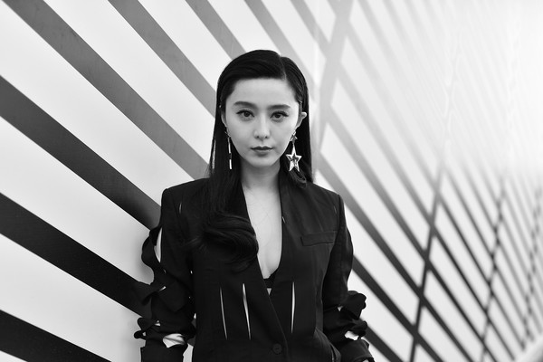 More Pics of Fan Bingbing Pantsuit (1 of 12) - Fan Bingbing Lookbook - StyleBistro