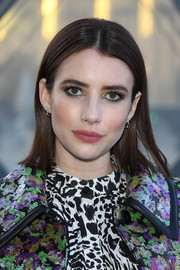Emma Roberts kept it simple with this short straight cut at the Louis Vuitton Fall 2019 show.