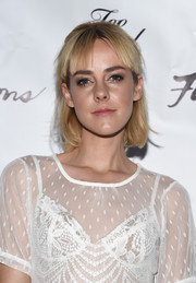 Jena Malone opted for a casual short 'do with bangs when she attended the Skivvies party.