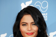 Lovi Poe Long Wavy Cut