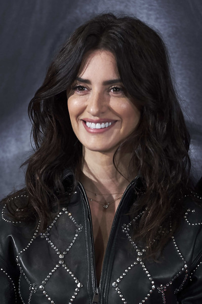 Penelope Cruz's Woke-Up-Like-This Hair
