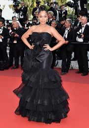 La La Anthony went the ultra-frilly route in a strapless black mermaid gown by Gauri & Nainika for the Cannes premiere of 'Loving.'