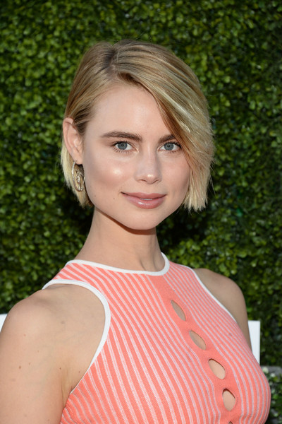 Lucy Fry Side Parted Straight Cut [cbs,cw,showtime summer tca,showtime summer tca party,hair,face,hairstyle,blond,beauty,eyebrow,lip,chin,shoulder,layered hair,california,west hollywood,pacific design center,lucy fry,arrivals]