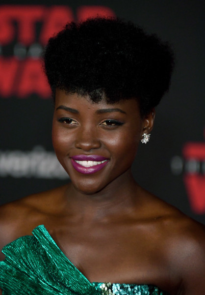 Lupita Nyong'o Short Curls [star wars: the last jedi,hair,face,hairstyle,lip,eyebrow,black hair,beauty,skin,chin,forehead,lupita nyongo,the shrine auditorium,california,los angeles,disney pictures,lucasfilm,premiere]