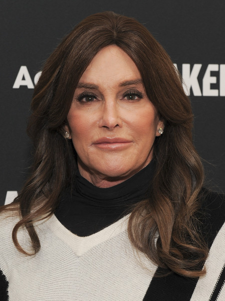 Caitlyn Jenner wore her hair with a teased top and wavy ends on day 2 of the MAKERS Conference.