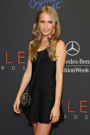 Sailor Brinkley Cook hit the Style Awards red carpet wearing a no-frills little black dress.