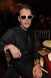 Perez Hilton's white-framed wayfarers were a cool addition to his dark outfit during the anniversary gala of MOCA.
