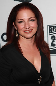 Gloria Estefan looked sleek and polished in a long straight cut at the 24 Hour Plays.