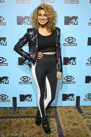 Tori was pure black and white at this MTV kickoff event.