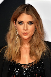 Ashley Benson polished off her look with gorgeous dangling diamond earrings by Jennifer Meyer.
