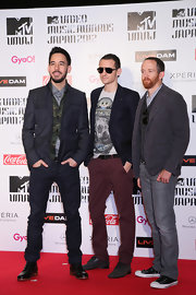 Chester Bennington stood out in his maroon slacks at the 2012 MTV Video Music Awards in Japan.