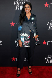 For her footwear, Rachel Roy chose a pair of black peep-toes with metallic heels.