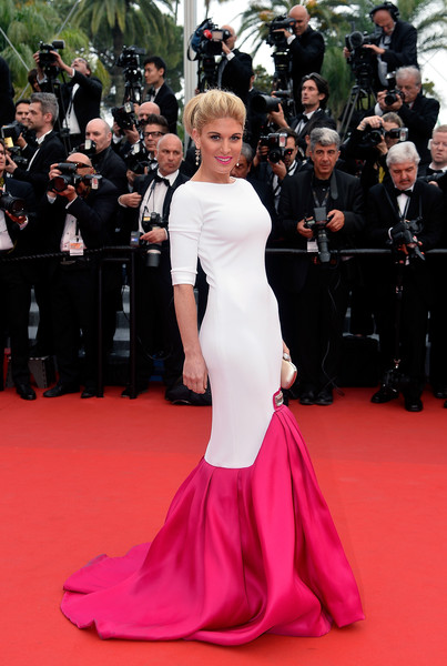 Hofit Golan was a sight to behold in her white and fuchsia mermaid gown during the 'Mad Max: Fury Road' premiere in Cannes.