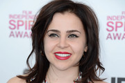 Mae Whitman Medium Layered Cut