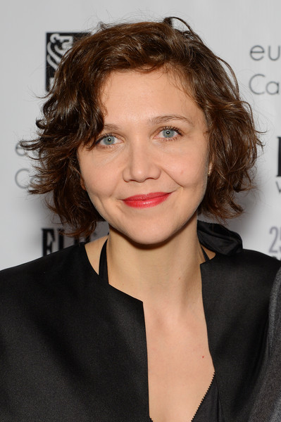 Maggie Gyllenhaal Curled Out Bob [hair,hairstyle,face,lip,eyebrow,chin,brown hair,blond,long hair,lipstick,new york city,cipriani wall street,gotham independent film awards,maggie gyllenhaal]