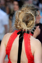 Amber Heard attended the 'Magic Mike XXL' European premiere wearing her hair in a romantic braided updo.