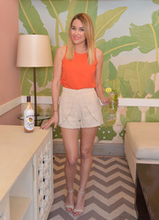 We're going to need a pair of Lauren Conrad's sophisticated shorts in our closet ASAP.