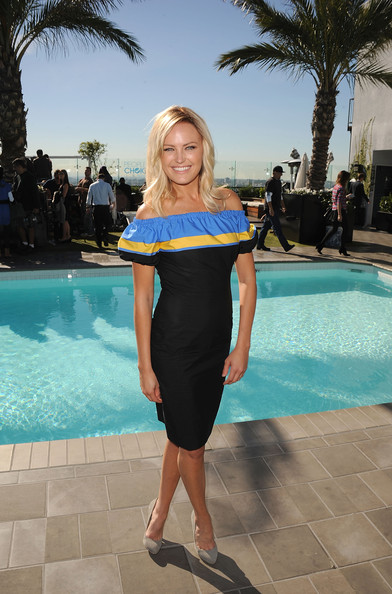 Malin Akerman Off-the-Shoulder Dress
