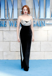 Jessica Keenan Wynn oozed elegance wearing this strapless black velvet gown with a sculptural silver accent at the UK premiere of 'Mamma Mia! Here We Go Again.'