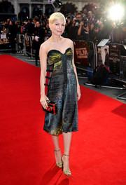 Michelle Williams looked super sophisticated in a multicolored snakeskin-print strapless dress by Louis Vuitton at the BFI London Film Festival premiere of 'Manchester by the Sea.'