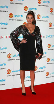 Shobna's black patent pumps kept the focus on her dramtic dress at the United for Unicef Gala Dinner in Manchester.