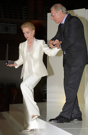 Carolina Herrera looked immaculate in a white pantsuit at the 2012 Mango Fashion Awards.