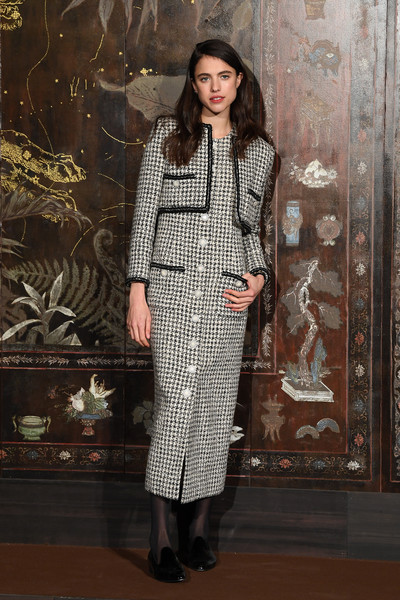 Margaret Qualley Skirt Suit [photocall at le grand palais,clothing,fashion model,fashion,suit,formal wear,dress,fashion design,outerwear,textile,pattern,margaret qualley,photocall,metiers dart,paris,france,le grand palais,chanel metiers dart 2019-2020,chanel]