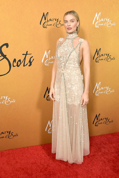 Margot Robbie Lace Dress