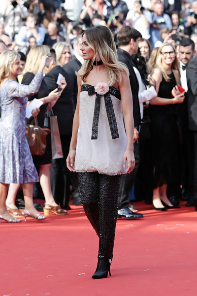 Margot Robbie Mini Dress [fashion,red carpet,clothing,premiere,fashion model,carpet,event,flooring,dress,fashion show,margot robbie,once upon a time in hollywood,screening,cannes,france,red carpet,the 72nd annual cannes film festival,leonardo dicaprio,2019 cannes film festival,once upon a time in hollywood,margot robbie,quentin tarantino,brad pitt,premiere,film,red carpet,cannes]