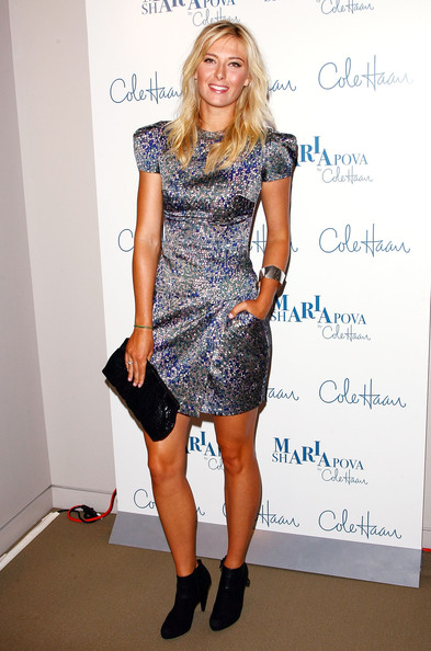 More Pics of Maria Sharapova Long Wavy Cut (1 of 22) - Maria Sharapova Lookbook - StyleBistro