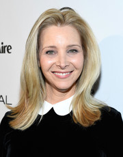 Lisa Kudrow went old school with this flip during Marie Claire's Image Maker Awards.