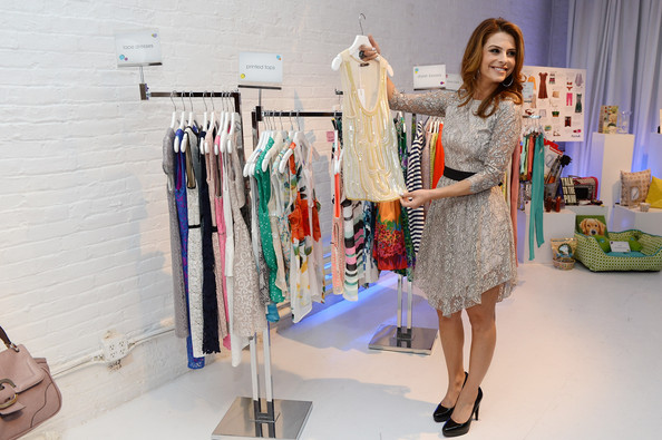 More Pics of Maria Menounos Cocktail Dress (1 of 10) - Maria Menounos Lookbook - StyleBistro