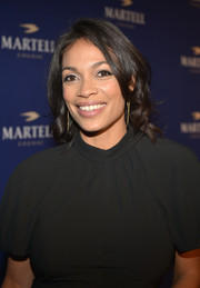 Rosario Dawson styled her shoulder-length hair with pretty waves for the Martell Caractere launch.