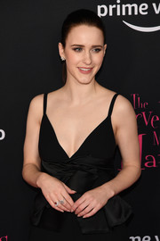 Rachel Brosnahan showed off a pair of chic gemstone rings at the New York premiere of 'The Marvelous Mrs. Maisel.'