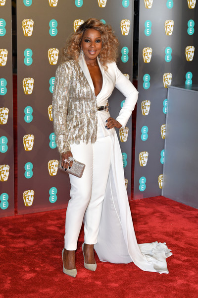 Mary J. Blige Beaded Clutch [red carpet,carpet,clothing,flooring,fashion,formal wear,premiere,pantsuit,suit,long hair,red carpet arrivals,mary j. blige,ee,england,london,royal albert hall,british academy film awards]