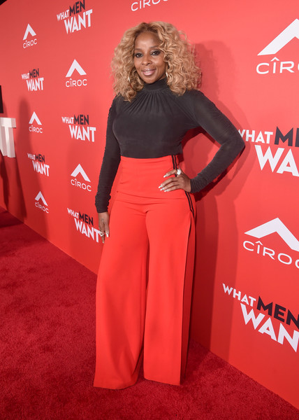Mary J. Blige Turtleneck [what men want,bet films,red carpet,red,clothing,carpet,premiere,flooring,fashion,dress,event,waist,mary j. blige,california,regency village theatre,paramount pictures,westwood,red carpet,premiere]